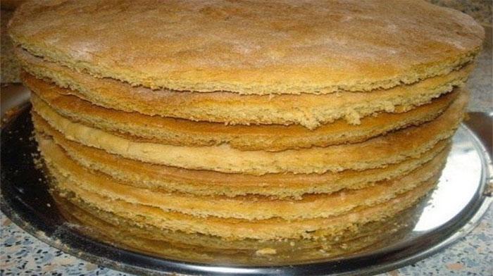 Как сделать коржи для торта на сковороде