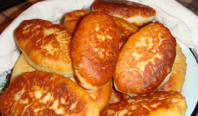 Пирожки на кефире с печенью жареные