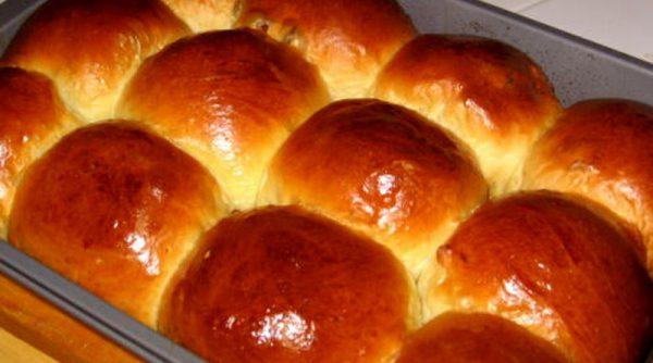Испечь сдобные булочки в духовке