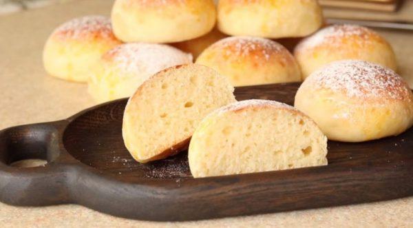 Бездрожжевое тесто для пышных булочек из творога, которое готовится всего лишь 5 минут